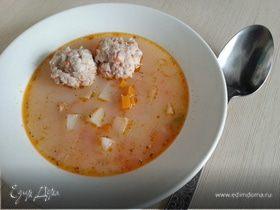 Сырно-чесночный суп с фрикадельками
