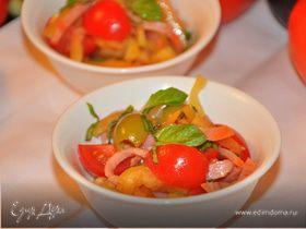 Салат из сладкого перца с салями