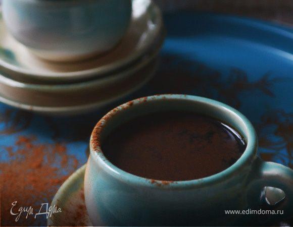 Горячий шоколад с ванилью и корицей