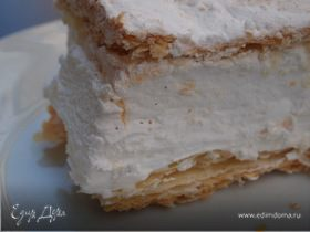 """Десерт """"Тайны Аликанте"""", или Milhojas de merengue"""
