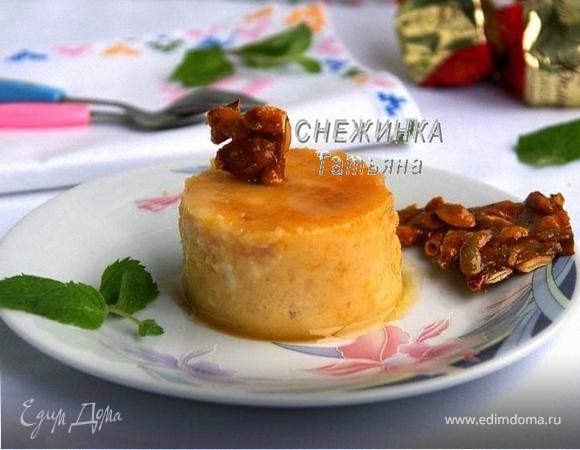 Тыквенно-яблочный флан с медом и пралине из тыквенных семечек