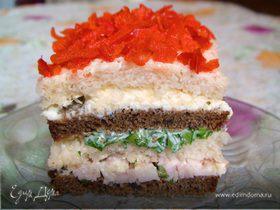 Бутербродный тортик с окороком и яйцом