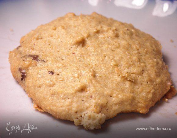 Овсяное печенье из сырых зерен с добавлением шоколада