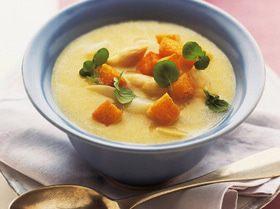 Суп из картофеля и спаржи с кресс-салатом