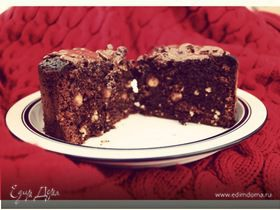 Шоколадный торт с фундуком
