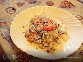 Греческий салат из креветок с рисом