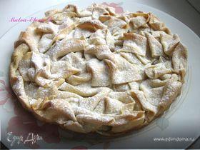Пирог с яблоками и миндалем