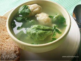 Куриный суп с цветными клецками