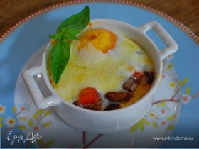 Яйца по-мексикански, запеченные с фасолью