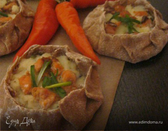 Карельские пирожки с картофелем и рыбой