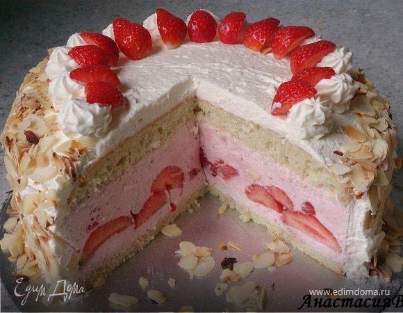 """Торт """"Клубничное искушение"""" с ванильными сливками"""