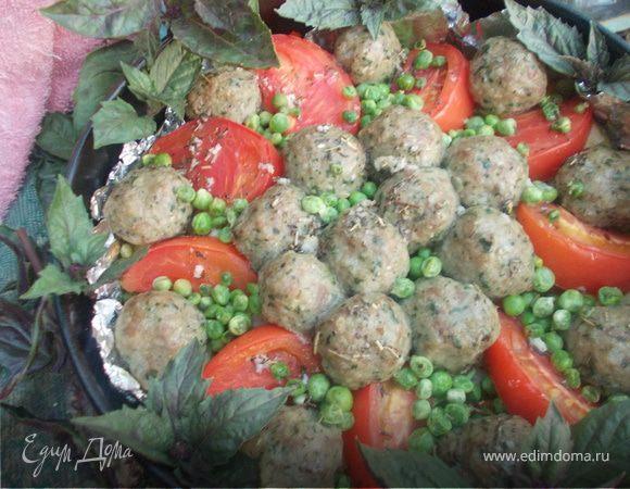 Печеные овощи с мясными тефтелями