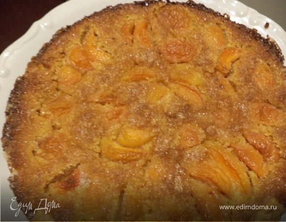 Тарт с миндальным кремом и абрикосами