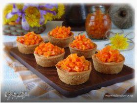 Корзинки из цельнозерновой муки с морковными цукатами