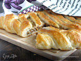 Испанский пирог с мясным фаршем и сыром