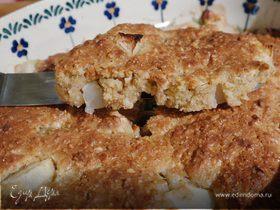 Легкий пирог с яблоком и грушей