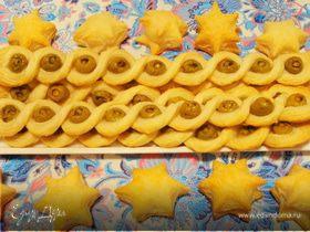 Слоеные косички с оливками