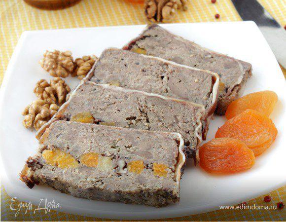 Террин мясной с печенью, курагой и грецким орехом