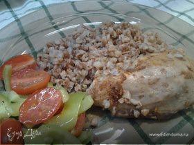 Курица с гречкой, запеченная в духовке