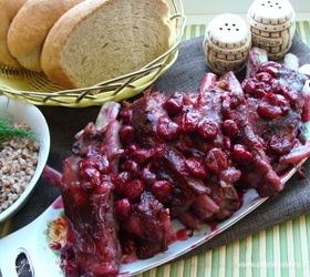 Свиные ребра под вишневым соусом