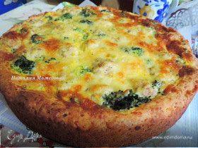 Творожный пирог с мясными шариками и овощами под сырной заливкой