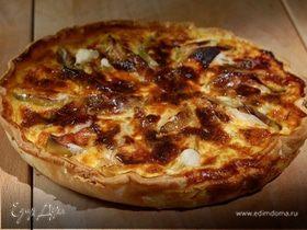 Яблочный пирог с пастернаком и голубым сыром