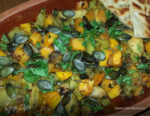 Овощной микс с тыквой, сельдереем и грибами