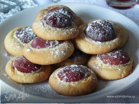 Печенье со сливами