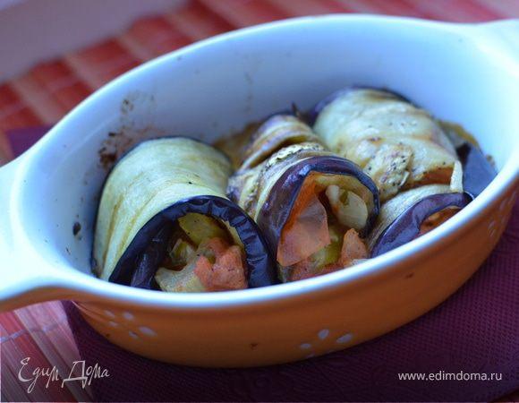 Рулетики из баклажанов с овощами