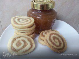 Печенье спиральки с грецкими орехами и корицей