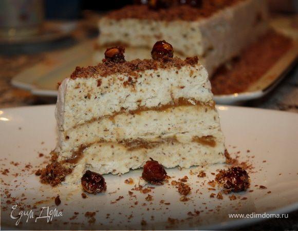 Ореховое Семифредо с соленой карамелью