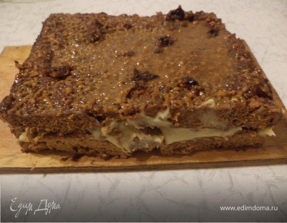 Пирог с заварным кремом и орехово-медовой прослойкой