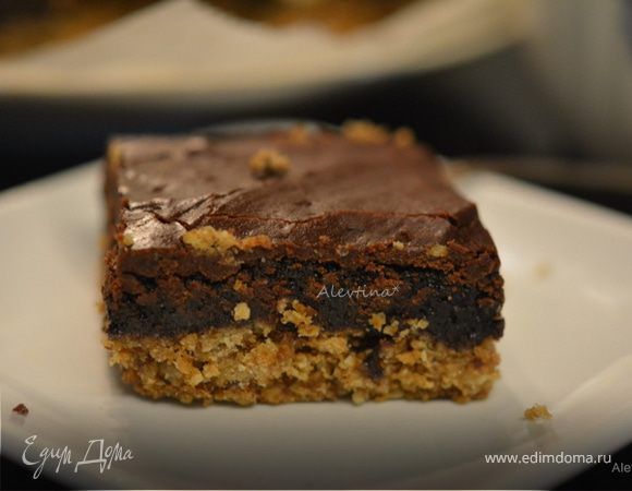 Брауни пшеничный в шоколадной глазури