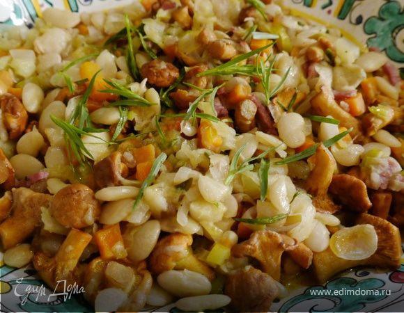 Фасоль с грибами и шалфеем