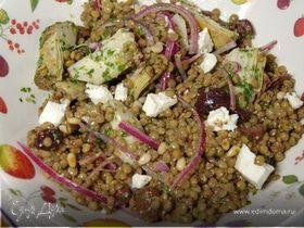 Салат из чечевицы с артишоками и фетой