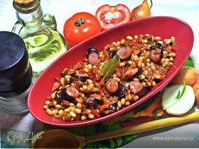 Фасоль с овощами и колбасками