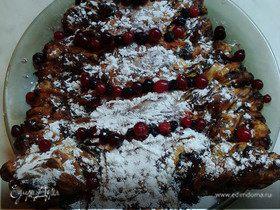 Пирог на слоеном экспресс-тесте с шоколадной начинкой