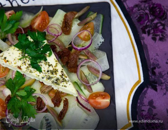 Огуречный салат с фетой
