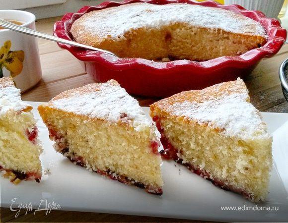 Ванильный бисквитный пирог