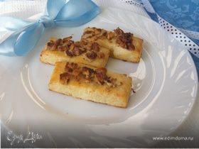 Творожное печенье с орехом
