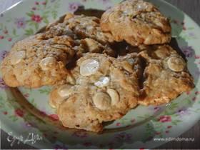 Ореховое печенье с белым шоколадом и кокосом