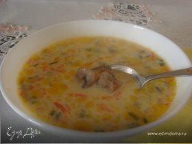 Сливочно-сырный суп с шампиньонами