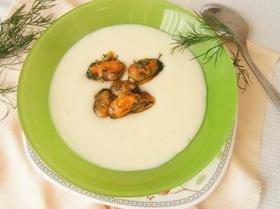Чесночный крем-суп с мидиями