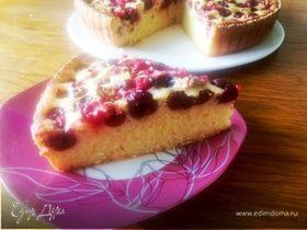 Пирог с ягодами на кефире и семолине