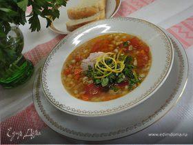 Томатный куриный суп с перловкой
