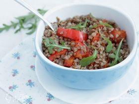 Теплый гречневый салат