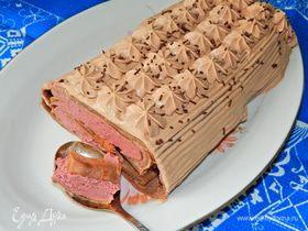 Шоколадный блинный торт с малиновым муссом