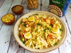 Салат из киноа с рыбой по-мароккански