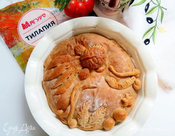 Ржаной пирог с рыбой и капустой