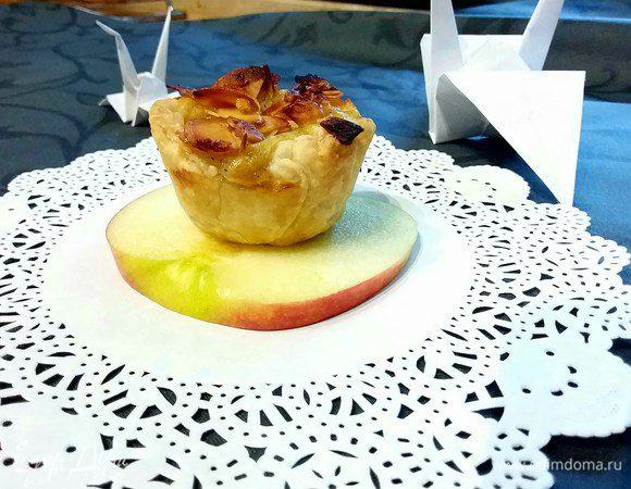 Португальское пирожное «Натас» с яблоками